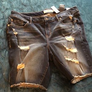 Torrid Size 20 Bermuda distressed denim shorts